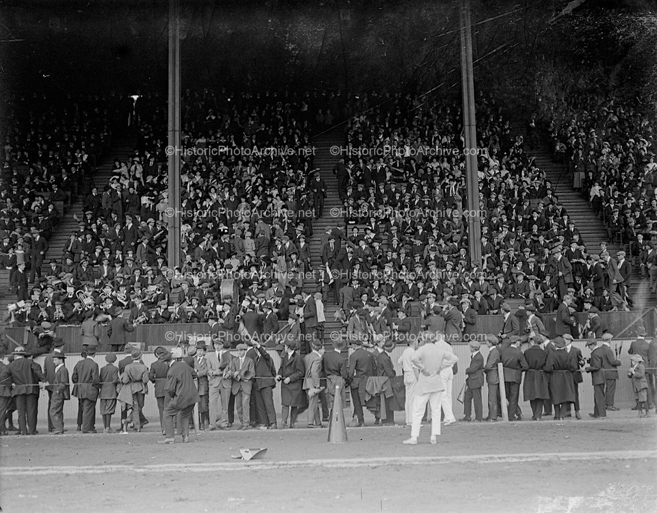 """LHS vs WHS 1915 the grandstand"""