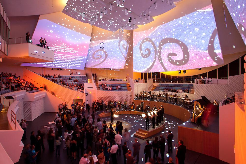 New World Center Miami Beach. Architect Frank Gehry (FOGA)<br /> Photo by Robin Hill (c)