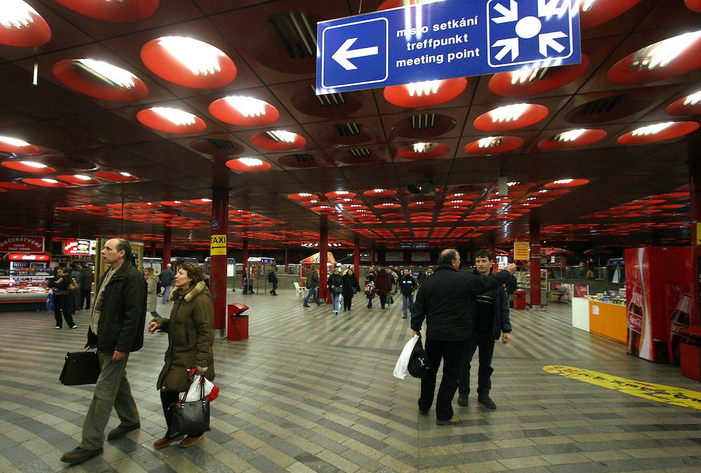 Entrance hall and meeting point of the old Prague main railway station (PRAHA Hlavni Nadrazi).