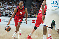 Real Madrid Trey Thompkins and Baskonia Vitoria Jayson Granger during Turkish Airlines Euroleague match between Real Madrid and Baskonia Vitoria at Wizink Center in Madrid, Spain. January 17, 2018. (ALTERPHOTOS/Borja B.Hojas)