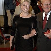 NLD/Utrecht/20051103 - Premiere Jesus Christ Superstar, Maria van der Hoeven en partner Lou Buitendijk
