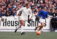 Terry Cooper (Leeds) Leeds United v Everton 22/08/1970 Credit : Colorsport