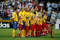Photo: Glyn Thomas.<br /> Sweden v England. FIFA World Cup 2006. 20/06/2006.<br /> <br /> The Sweden team lines up before the match.