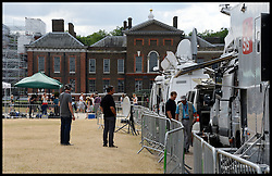 Tv crews have now moved from St Mary's Hospital, London, To Kensington Palace where the Duke and  Duchess of Cambridge spent the night with their new baby boy, Wednesday, 24th July 2013<br /> Picture by Andrew Parsons / i-Images