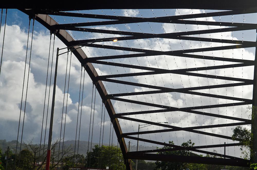 Puente de Acero del Sector Patagonia en Humacao, el cual cruza el Rio Humacao.