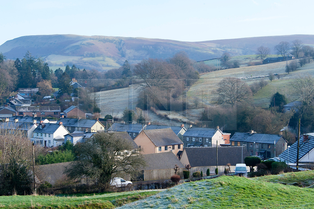 © Licensed to London News Pictures. 18/01/2020. Builth Wells, Powys, Wales, UK. Temperatures dropped to below freezing last night in Builth Wells in Powys, Wales, UK. Photo credit: Graham M. Lawrence/LNP
