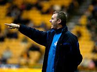 Photo: Ed Godden/Sportsbeat Images.<br /> Wolverhampton Wanderers v Oldham Athletic. The FA Cup. 06/01/2007. Oldham Manager John Sheridan.