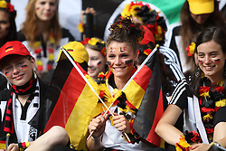 26-06-2011 VOETBAL: FIFA WOMENS WORLDCUP 2011 GERMANY - CANADA: BERLIN<br /> Fans support Germany<br /> ***NETHERLANDS ONLY***<br /> ©2011-FRH- NPH/Kokenge