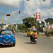 Scene at the traffic light in the city of Sorong.