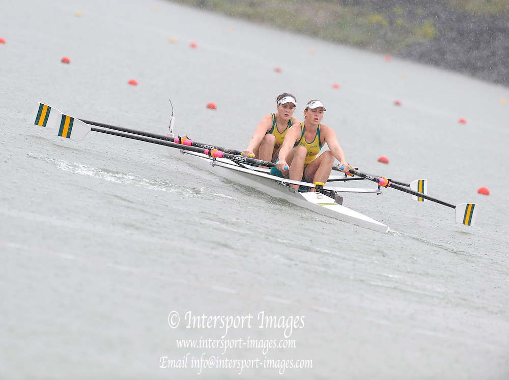 Racice, CZECH REPUBLIC. AUS JW2X. Bow, Jessica HALL and Madeleine EDMUNDS. 2010 FISA Junior World Rowing Championships. Saturday,  07/08/2010.  [Mandatory Credit Peter Spurrier/ Intersport Images]