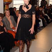 Modeshow Sheila de Vries, model Denise Boekhoff