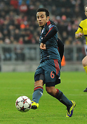 10.12.2013, Allianz Arena, Muenchen, GER, UEFA CL, FC Bayern Muenchen vs Manchester City, Gruppe D, im Bild Thiago Alcantara (FC Bayern Muenchen), Freisteller // during UEFA Champions League group D match between FC Bayern Munich and Manchester City at the Allianz Arena in Muenchen, Germany on 2013/12/11. EXPA Pictures © 2013, PhotoCredit: EXPA/ Eibner-Pressefoto/ Stuetzle<br /> <br /> *****ATTENTION - OUT of GER*****