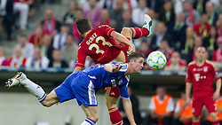 19.05.2012, Allianz Arena, Muenchen, GER, UEFA CL, Finale, FC Bayern Muenchen (GER) vs FC Chelsea (ENG), im Bild Zweikampf zwischen Marion Gomez, (FC Bayern München #33) und Gary Cahill, (FC Chelsea, #24) during the Final Match of the UEFA Championsleague between FC Bayern Munich (GER) vs Chelsea FC (ENG) at the Allianz Arena, Munich, Germany on 2012/05/19. EXPA Pictures © 2012, PhotoCredit: EXPA/ Peter Rinderer