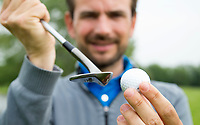 DEN HAAG - Golfpro ROBIN SWANE , instructie voor Golf.nl. COPYRIGHT KOEN SUYK