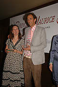 Joanna Briscoe and Ben Markowits, LE PRINCE MAURICE PRIZE 2006. PRINCE MAURICE HOTEL. MAURITIUS. 27 May 2006. ONE TIME USE ONLY - DO NOT ARCHIVE  © Copyright Photograph by Dafydd Jones 66 Stockwell Park Rd. London SW9 0DA Tel 020 7733 0108 www.dafjones.com
