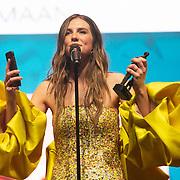 NLD/Amsterdam/20200211 - Uitreiking Edison Pop 2020, Maan de Steenwinkel ontvangt een award