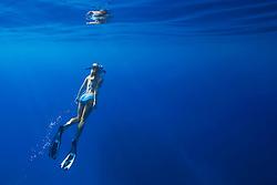 Woman snorkeling, Kealakekua Bay, Big Island, Hawaii, Pacific Ocean.