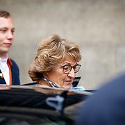 NLD/Amsterdam/201804245 - 20180424 koninklijke familie bij Corps Diplomatique diner 2018, aankomst Margriet
