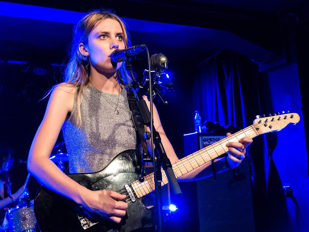 Ellie Rowsell of British indie-rock band Wolf Alice at Zoom Frankfurt