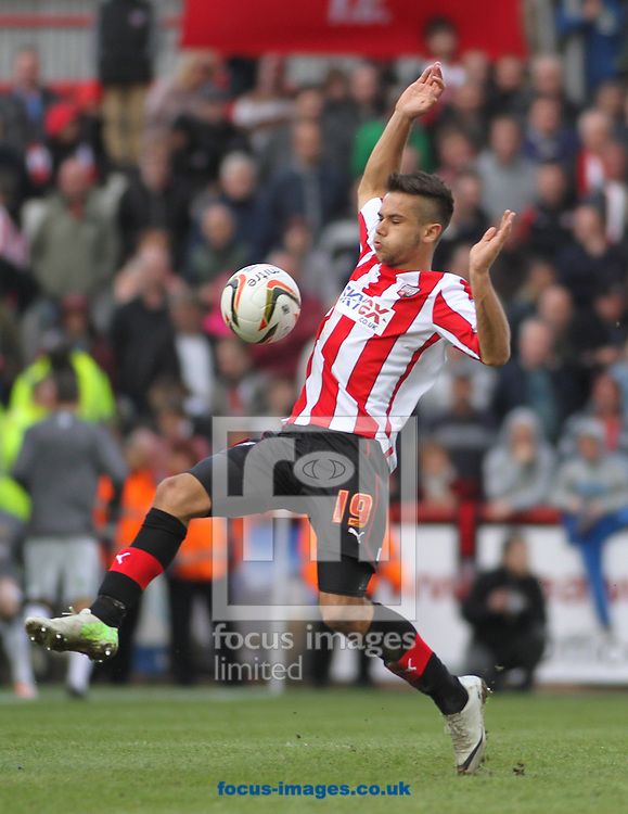 Picture by David Horn/Focus Images Ltd +44 7545 970036.27/04/2013.Harry Forrester of Brentford during the npower League 1 match at Griffin Park, London.