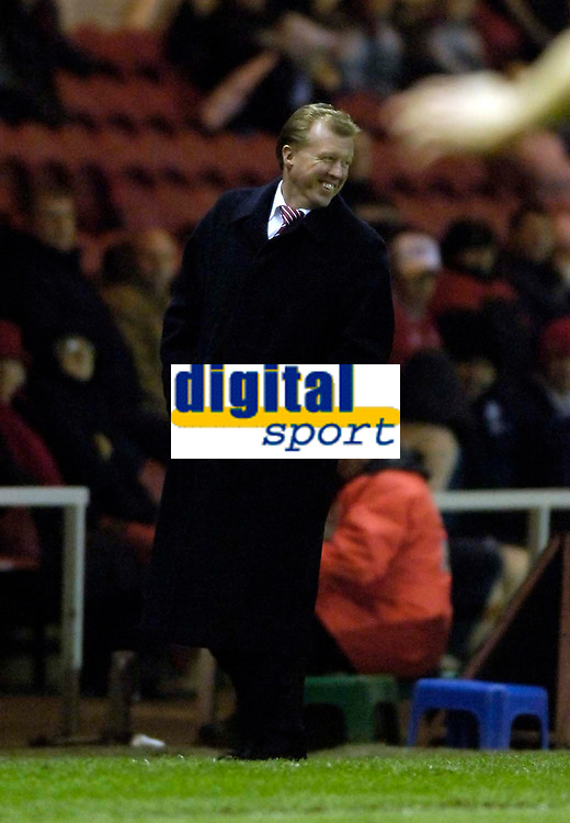 Photo: Jed Wee.<br /> Middlesbrough v Crystal Palace. Carling Cup. 30/11/2005.<br /> <br /> Middlesbrough manager Steve McClaren has plenty to smile about as an improved second half performance sees his team defeat Crystal Palace.