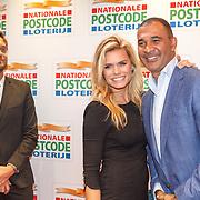 NLD/Amsterdam/20160126 - Goed Gala 2016, Nicolette van Dam en partner Bas Smit en Ruud Gullit