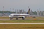 9V-SMR Singapore Airlines Airbus A350-941 at Malpensa (MXP / LIMC), Milan, Italy