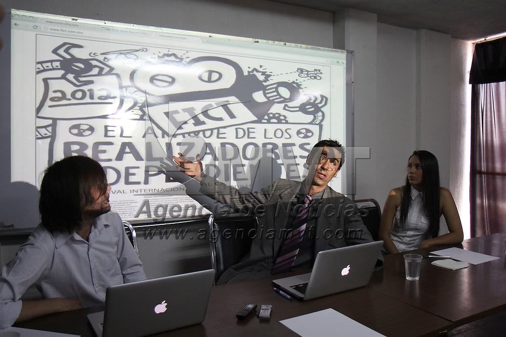 Toluca,  Mex -  Jorge Giovanni Gomez  Tagle Flores, director Academico  de ITTA Centro de Produccion Audiovisual denuncio un plagio intelectual del proyecto para la realización del Festival Internacional de Cinematografia en Toluca, a realizarse en el mes de agosto de este año.   Agencia MVT / Crisanta Espinosa.