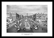 Øvre O'Connel Street og Nelsons søyle i 1961, før den ble bombet av irske nasjonalister i 1966.