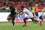 Joe Ravouvou looks to break the defence close to the line during Day 3 of the HSBC World Rugby Sevens, Mens Cup Final match between New Zealand and USA, 2019, Spotless Stadium, Saturday 3rd February 2019. Copyright Photo: David Neilson / www.photosport.nz