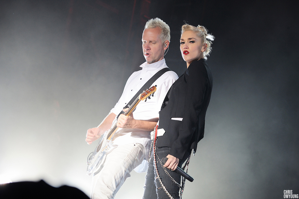 No Doubt performs their first major show in five years at the Bamboozle Music Festival 2009. East Rutherford, New Jersey. May 3, 2009.
