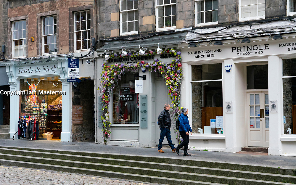 Edinburgh, Scotland, UK. 14 November 2020. Views of Edinburgh city centre on Saturday afternoon during a level 3 lockdown imposed by the Scottish Government;.Pictured; Shops and pubs are closed on the Royal Mile because tourists have stayed away. Iain Masterton/Alamy Live News.