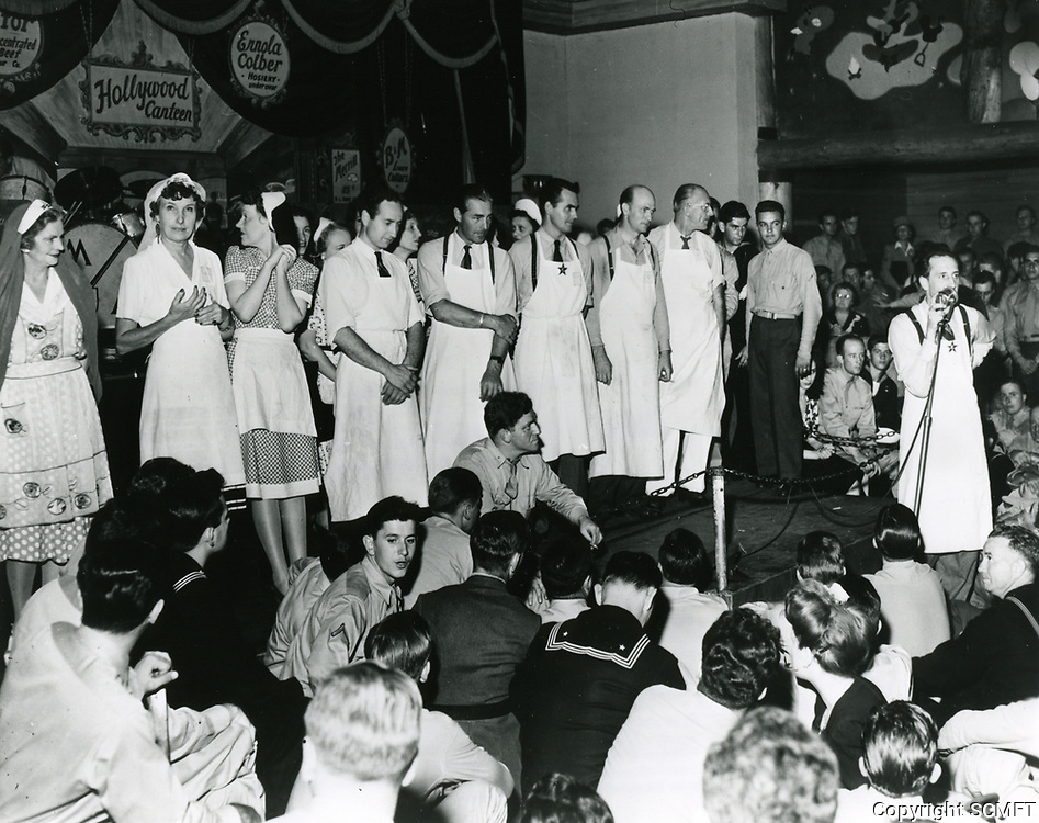 1943 Volunteers on stage at the Hollywood Canteen