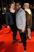 Premiere van de film Sonny Boy op maandag 17 januari in het Circus Theater in Scheveningen.<br /> <br /> Op de foto:<br /> <br />  Rogier Komproe en partner