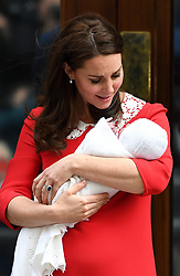 The Duchess of Cambridge with her newborn son outside the Lindo Wing at St Mary's Hospital in Paddington, London. Photo credit should read: Doug Peters/EMPICS Entertainment