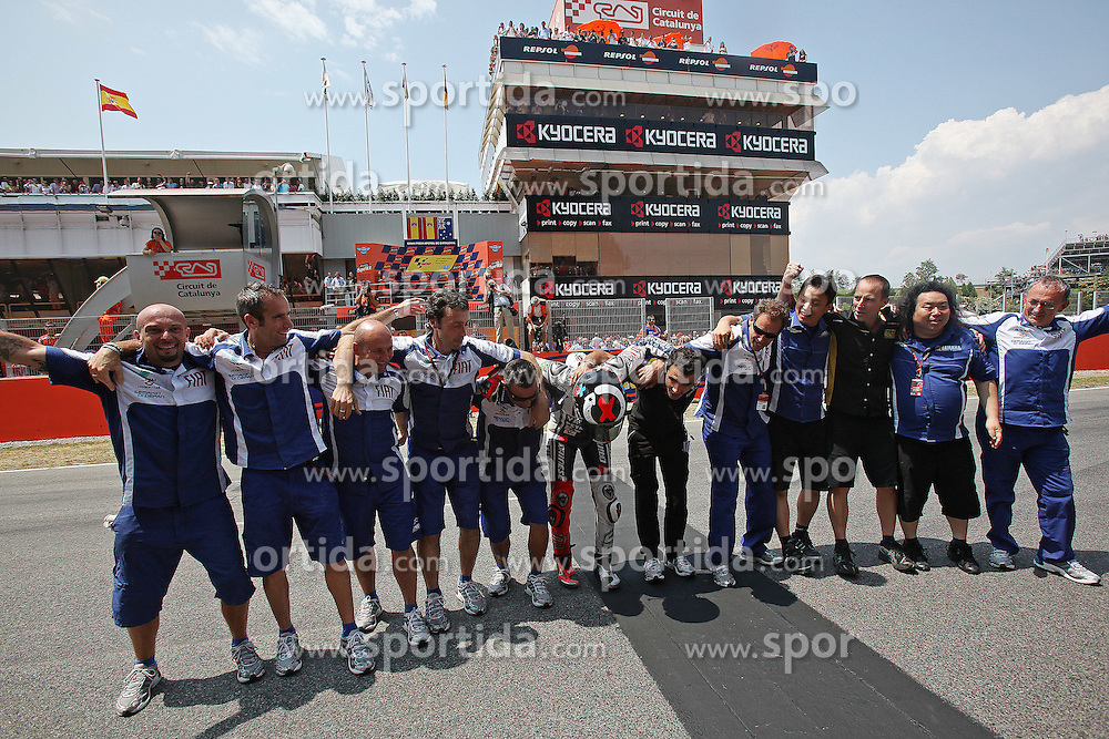 04.07.2010, Montmelo, Barcelona, ESP, MotoGP, Grand Prix von Katalonien im Bild celebration of Jorge Lorenzo - Fiat Yamaha team., EXPA Pictures © 2010, PhotoCredit: EXPA/ InsideFoto/ Semedia *** ATTENTION *** FOR AUSTRIA AND SLOVENIA USE ONLY! / SPORTIDA PHOTO AGENCY