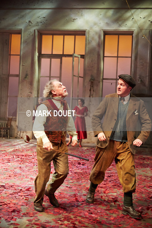 Twelfth Night at Sheffield Theatres and English Touring Theatre. Director Jonathan Munby