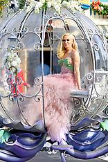 Gwen Stefani arrives to her performance at Disneyland - 15 Nov 2018