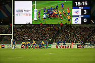 Romania attacking the French line during the Rugby World Cup Pool D match between France and Romania at the Queen Elizabeth II Olympic Park, London, United Kingdom on 23 September 2015. Photo by Matthew Redman.