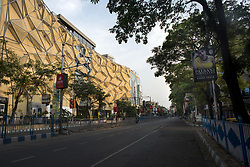 Deserted Gariahat Road in Kolkata midst the 2 nd phase of lockdown in India due to covid 19 pandemic. This is to curb the spread of Covid 19 in the country. The second phase is handled with more strict rules by the administration. Kolkata, West Bengal, India, April 19, 2020. Photo by Arindam Mukherjee/ABACAPRESS.COM