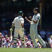 Umar Gul celebrates after dismissing Ricky Ponting during the Australia V Pakistan 2nd Cricket Test match at the Sydney Cricket Ground, Sydney, Australia, 5 January 2010. Photo Tim Clayton