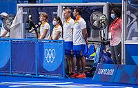 TOKIO -  Team India , coach Sjoerd Marijne (IND) ,assistent-coach Janneke Schopman (IND)  tijdens de wedstrijd dames , Nederland-India (5-1) tijdens de Olympische Spelen   .   COPYRIGHT KOEN SUYK