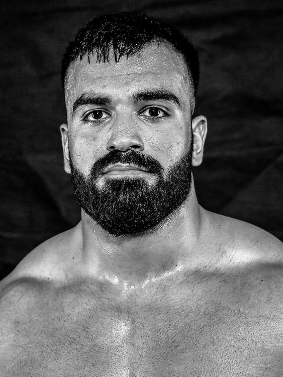 BOXEN / MMA: Studio, Portrait of a Boxer, Bremen, 12.05.2018<br /> Baran Er<br /> © Torsten Helmke