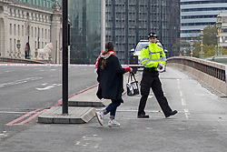 © Licensed to London News Pictures. 13/10/2020. London, UK. Police cordon off Westminster Bridge following a security alert at St Thomas' Hospital. Photo credit: George Cracknell Wright/LNP