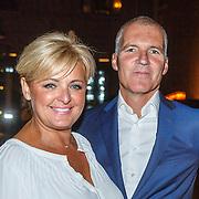NLD/Amsterdam/20150919 - Modeshow Mart Visser - The Confidence, Caroline Tensen en partner Ernst Jan Smids