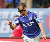 Fotball<br /> Bundesliga Tyskland 2004/2005<br /> Foto: Witters/Digitalsport<br /> NORWAY ONLY<br /> <br /> Ebbe SAND<br /> Fussballspieler FC Schalke 04