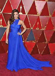 Jennifer Garner walking on the red carpet during the 90th Academy Awards ceremony, presented by the Academy of Motion Picture Arts and Sciences, held at the Dolby Theatre in Hollywood, California on March 4, 2018. (Photo by Sthanlee Mirador/Sipa USA)