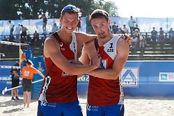 20190628 DEU: World Champs Hamburg 2019: Hamburg<br /> Dries Koekelkoren (BEL,1), Tom van Walle (BEL,2), Ondrej Perusic (CZE,1), David Schweizer (CZE,2)<br /> ©2019-FotoHoogendoorn.nl / Pim Waslander