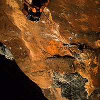 Yuka Endo climbs Looks Easy But... 5.12b, Ban Pak Ou, Luang Phrabang, Laos