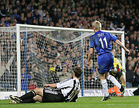 Photo: Lee Earle.<br /> Chelsea v Newcastle United. The Barclays Premiership.<br /> 19/11/2005. Chelsea's Damien Duff sees his shot go in to score their third.